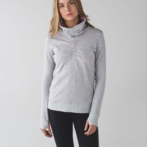 Lululemon In a Cinch Reversible 2 Grey Pullover